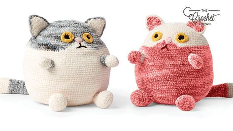 Crochet these absolutely adorable Fat Cat Stuffies with your crochet hook. Using Bernat Baby Crushed Velvet and Bernat Baby Velvet Yarn. They are cute!