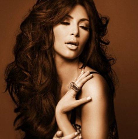 Tendance couleur grise   Kim kardashian hair, Kim hair