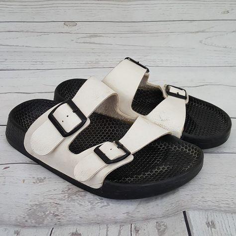 1a08b4752e78 Birkenstock Arizona Essentials White Dbl Strap Black Rubber Sole Sandals 37  6  Birkenstock  Sandals  Casual