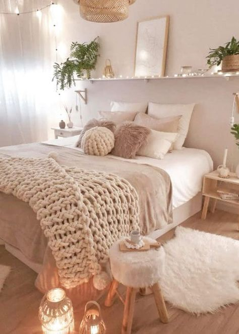 Room Decor Bedroom, Minimalist Bedroom Design, Aesthetic Room Decor, Room Ideas Bedroom, Bedroom Design, Home Bedroom, Room Inspiration Bedroom, Cozy House, Cozy Room Decor