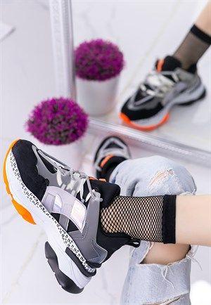 Bayan Spor Ayakkabi Kadin Ayakkabi Modelleri Fiyatlari 8stil Com Sayfa 2 2020 Sneaker Siyah Suet Ayakkabilar