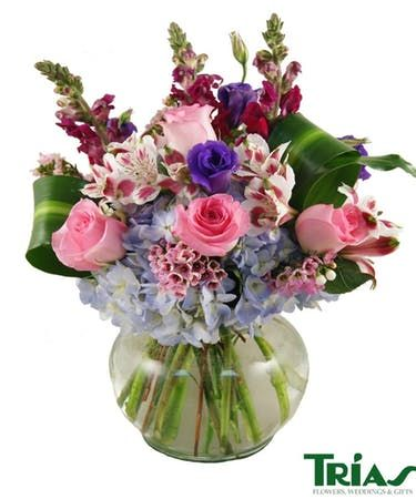 Best Of Trias Flowers And Events Miami And Pics In 2020 All Flowers Name Flower Warehouse Amazing Flowers