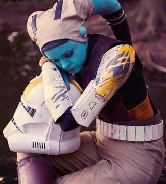 """""""It's difficult to talk about, but I remember it well. Inadvertently reminded of this costume by I declare to still be a thing 📸by Nerd Costumes, Star Wars Costumes, Cool Costumes, 50s Costume, Hippie Costume, Star Wars Clone Wars, Star Wars Rebels, Star Wars Art, Best Cosplay Ever"""