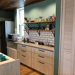 女性で 3ldkの Kitchen ニトリ ダルトン 無垢の床 Wtw マーキュリー