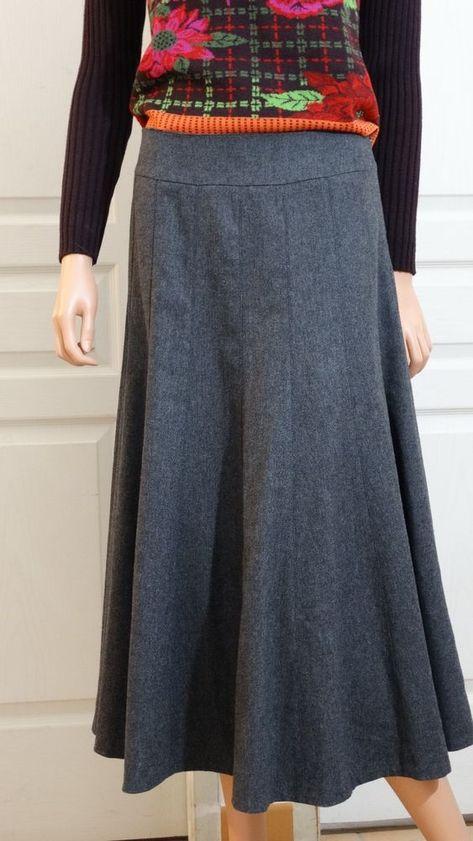 Jupe neuve mi longue Caroll Paris laine taille 38 grise