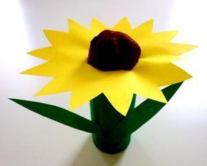 Blume Aus Karton Und Papier Pflanzen Basteln Meine Enkel Und Ich Basteln Fruhling Basteln Blumen