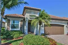 2997 Aviamar Cir Naples Property Listing Florida Home Spa Hot Tubs Built In Grill