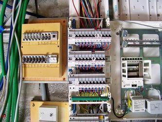 Electricite Electricien Isle Sorgue Vaucluse En 2020 Electricien Vaucluse Chauffage Climatisation