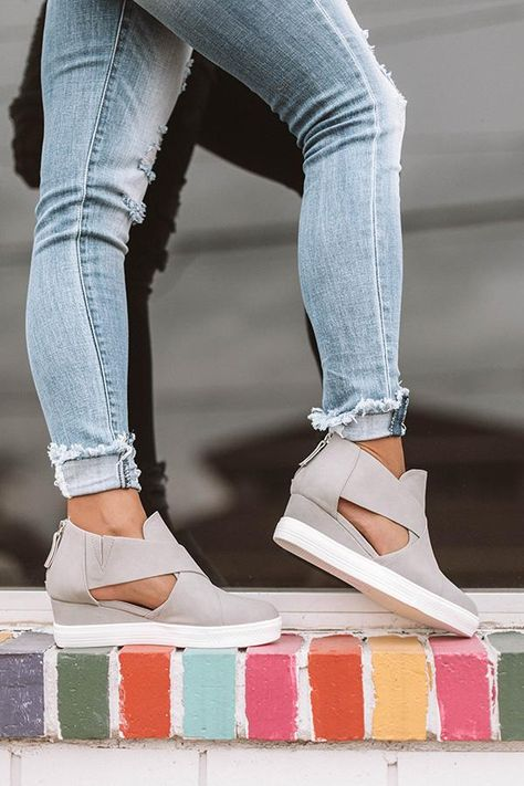 9ecd0842da4 Flipmoda 2019 Fashion Stylish Wedge Sneakers