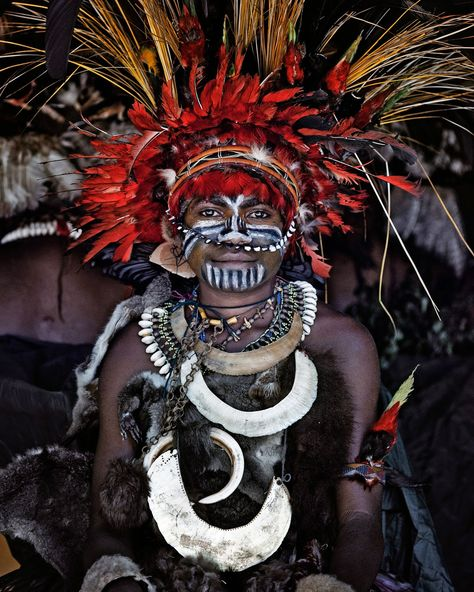 Goroka - Tribal Gathering of Papuans