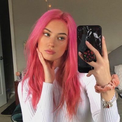Kennedy Walsh On With Images Hair Color Pink Pink Hair Dye