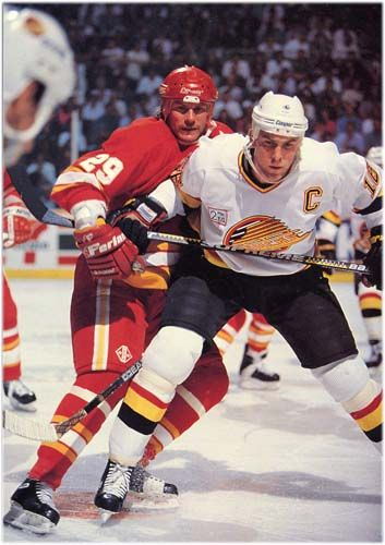 Trevor Linden Battling Joel Otto Of The Calgary Flames Vancouver Canucks Canucks Calgary Flames