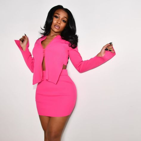 Bar Outfits, Pink Outfits, Cute Outfits, Fashion Outfits, Vegas Outfits, Woman Outfits, Dresses For Teens, Club Dresses, Midi Dresses