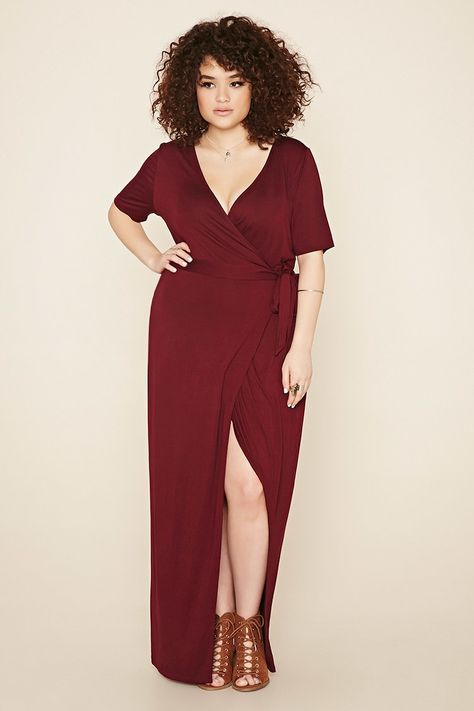 414b4f0c907 Forever 21 + - This unlined weighty knit maxi dress is complete with short  sleeves
