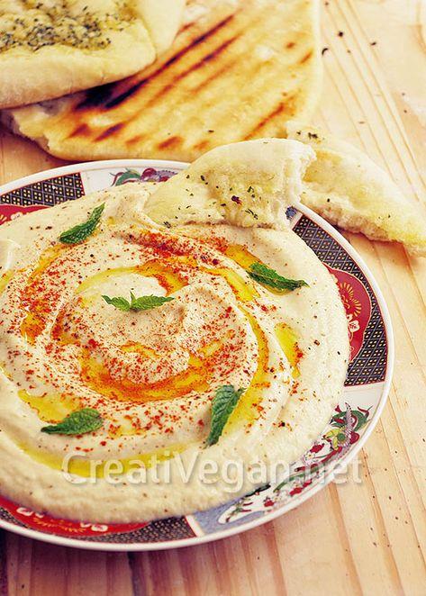 Receta para hacer este exquisito paté o crema vegetal libanesa con calabacines asados en lugar de berenjenas, muy fácil, y se puede usar para sándwiches y bocadillos.