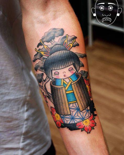 Kokeshi & Bonsai by @fleshlover Ancora qualche posto disponibile per le prossime date dal 12 al 16 e dal 26 al 30 Luglio.  #tattoo #traditional #kokeshi #kokeshitattoo #traditionalart #traditionaltattoo #tattoos #tattooguestspot #topclasstattooing #thebestitaliantattoo #thebesttattooartists #tattooflash #italiantattooartist #tattoomadeinitaly #zinktattoo #zinkguest #tattoovicenza #tatstagram #inkstagram #instatattoo #tattooitalia