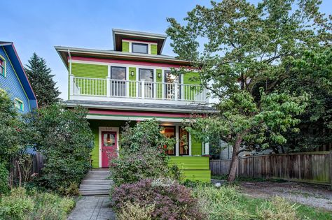 Lime green exterior. Widows walk and balcony