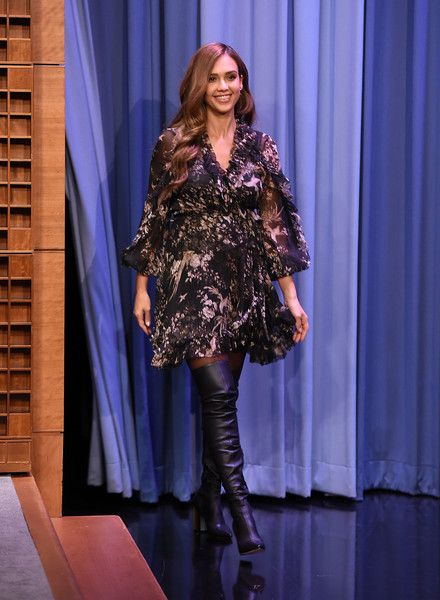 "Jessica Alba Visits ""The Tonight Show Starring Jimmy Fallon"" at Rockefeller Center on August 4, 2017 in New York City."