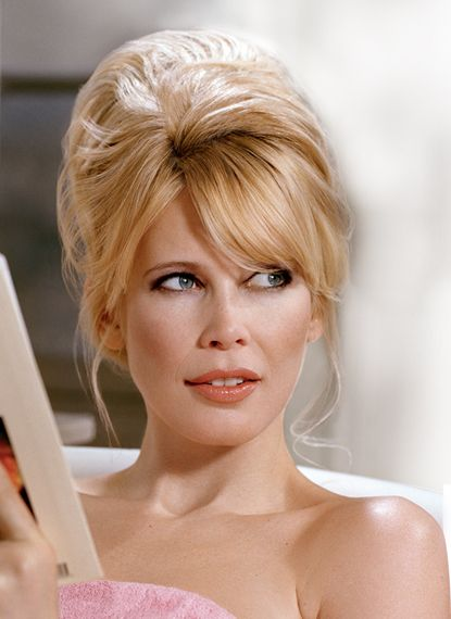 See if Claudia Schiffer net worth is big enough. How rich is the model?