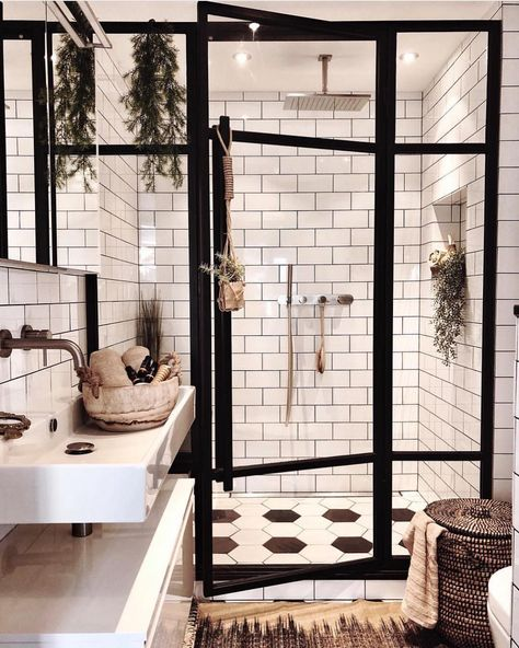 "Mid Century•Boho•Scandinavian on Instagram: ""A bathroom of our dreams. The black and white colors make a stunning combo 🖤🌿 (via @andrea_groot) ~ Follow us for everyday inspo for your…"""