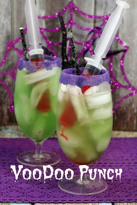 Non-Alcoholic VooDoo Punch, Perfect Halloween Party Drink for the Kids. Halloween Snacks, Hallowen Food, Halloween Party Drinks, Halloween Goodies, Halloween Food For Party, Halloween Cupcakes, Halloween Birthday, Disney Halloween, Spooky Halloween