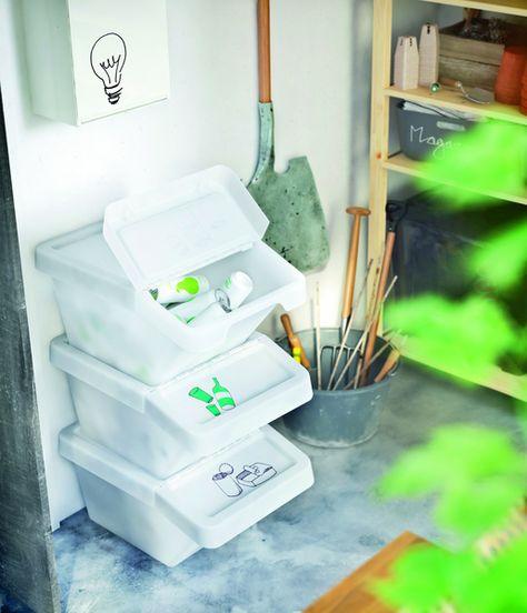 Les Bacs En Polypropylene De 37 Litres S Empilent Les Uns Sur Les