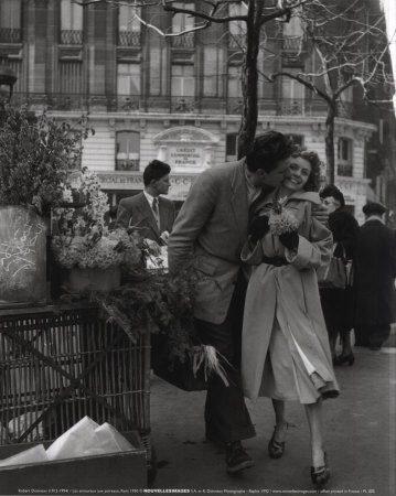 Paris 1950 Art Print At Allposters Com Robert Doisneau Black And White Photography Vintage Photography