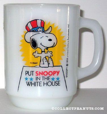 "Vintage 1980 Snoopy 4 President /""Back the Beagle/"" Anchor Hocking Mug"