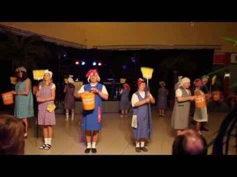 Besentanz Youtube Geburtstagslieder Hochzeit Lustig