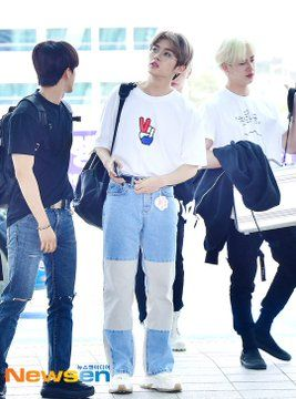190712 Stray Kids Minus Hyunjin At Incheon Airport Going To Saudi Arabia Kids Outfits Kids Fashion Felix Stray Kids