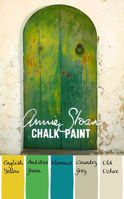 Oh Annie Sloan - gettin those ideas spinning in my head.again! A French entry is awash in Chalk Paint colors by iheartjanda Chalk Paint Projects, Chalk Paint Furniture, Paint Ideas, Couleurs Annie Sloan, Annie Sloan Farbe, Antibes Green, Decoration Palette, Chalk Paint Colors, Annie Sloan Paints