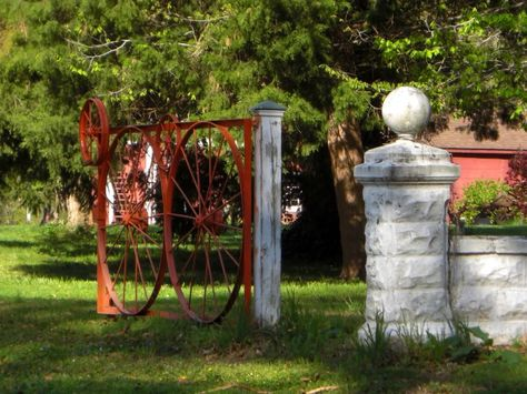 A few doors down I saw this gate made out of old wagon wheels.