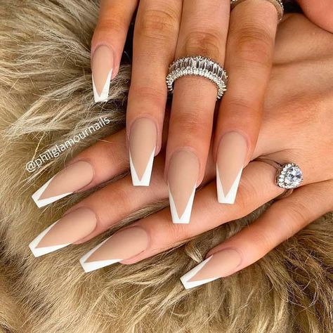 Coffin Tip Nails With White French Manicure ❤ 30 Coffin Nail Designs You'll . - Coffin Tip Nails With White French Manicure ❤ 30 Coffin Nail Designs You'll Want To Wear Right - French Tip Acrylic Nails, Coffin Nails Matte, White Acrylic Nails, Best Acrylic Nails, Summer Acrylic Nails, Pointy Nails, French Stiletto Nails, White Nails, Nail French