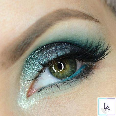 Aquarius-Inspired Eyeshadow Look - Zodiac-Inspired Beauty Ideas  - Photos