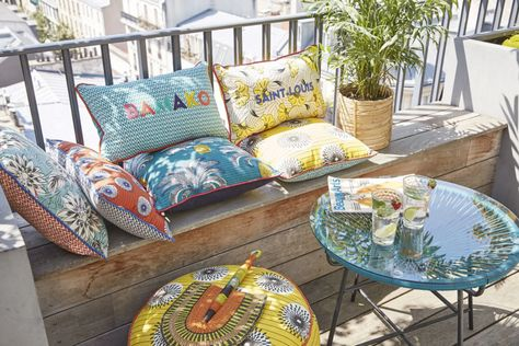 Re Garden Cuscini.Cuscino Da Esterno In Cotone Giallo A Motivi Multicolori Nel 2020