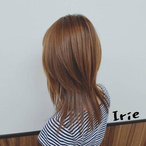 美容室 irie アイリー Akaneさんはinstagramを利用しています 半年前にかけた縮毛矯正のリタッチとケラチン補給で サラサラの艶髪が復活 ペタンコになりやすくてくせ毛だけど縮毛矯正はかけにくい そんなお悩みでも 微妙な前下がりのウルフカットなら大丈夫