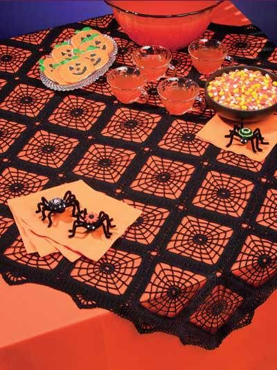 15 free crochet spiderweb patterns- The Lavender ChairCrochet - Holiday & Seasonal - Halloween Patterns Dress up a Halloween table with this lacy tablecloth and a trio of spooky spiders! This e-pattern was originally published inSpider Web Centerpiec Crochet Fall, Holiday Crochet, Crochet Home, Filet Crochet, Crochet Crafts, Crochet Projects, Knit Crochet, Crochet Kitchen, Halloween Crochet Patterns