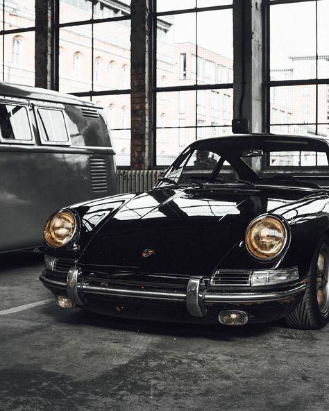 It's a Man's World - Porsche - Motos Porsche 912, Carros Porsche, Porsche Autos, Bmw Autos, Porsche Cars, Porsche Carrera, Porsche Classic, Bmw Classic Cars, Lamborghini Gallardo