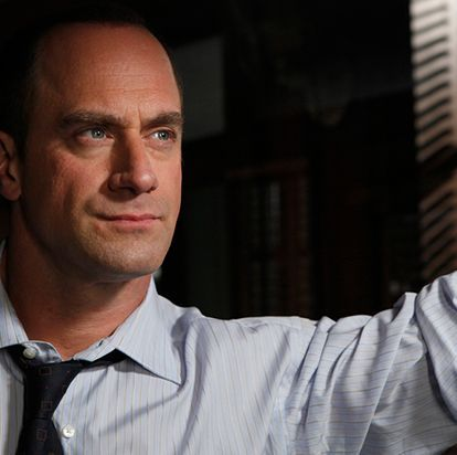 Law And Order Svu Fans Are Freaking Out Over Christopher Meloni Returning As Elliot Stabler In New Spinoff Svu Chris Meloni Benson And Stabler