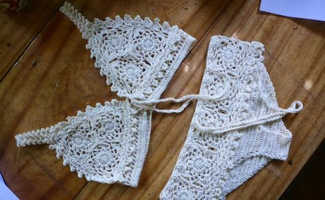 Free Pattern Drafts and Tutorial To Make Your Own Size Bra And Underwear. From http://crochetology.net/walkednights/