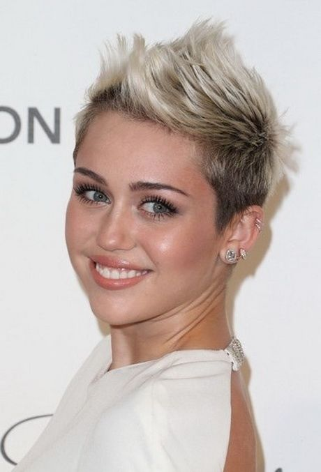 Pixie Frisur Frisuren 2019 Hair Goals Miley Cyrus Short Hair