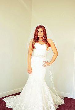 Danielle Fishel Wedding Dress For The Home Pinterest