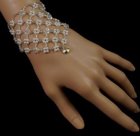 Items similar to Swarovski crystal pendant beaded pearl bridal bracelet. beaded bridal bracelet on Etsy - Swarovski crystal pendant beaded pearl bridal by originalbeading -
