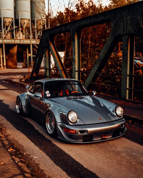 "StanceWorks on Instagram: ""Last day of 2019, the year flew by ! Here's a fantastic photo of @andy_fuellborn 's bagged RWB 964. Those 3-piece @messer_wheels fit the…"""