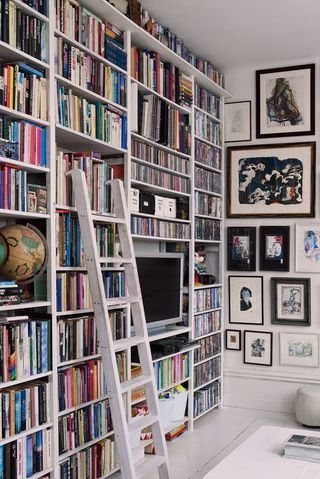The Best Bookshelves For Bibliophiles As Told By Pinterest Cool