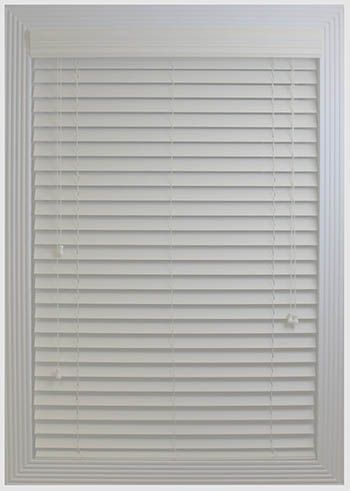 Top 10 Best Horizontal Window Blinds Topbeststuff Wooden Window Blinds Blinds For Windows Blinds