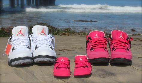 8a4ee50cff3b0 Mom, Dad and Baby on the way matching shoes!!! Cute Idea for photos.