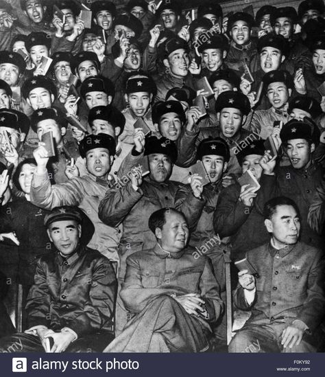 Top quotes by Mao Zedong-https://s-media-cache-ak0.pinimg.com/474x/4c/c2/ee/4cc2ee40363d79a4aa621b291c47deb3.jpg
