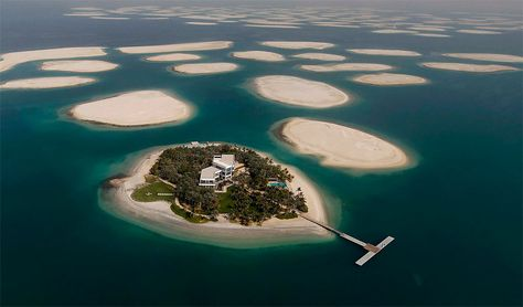 The World Islands are located approximately 2.5 miles off the coast of Jumeirah. The collection of man-made islands are shaped into the continents of the world, and will consist of 300 small private artificial islands divided into four categories – private homes, estate homes, dream resorts, and community islands.