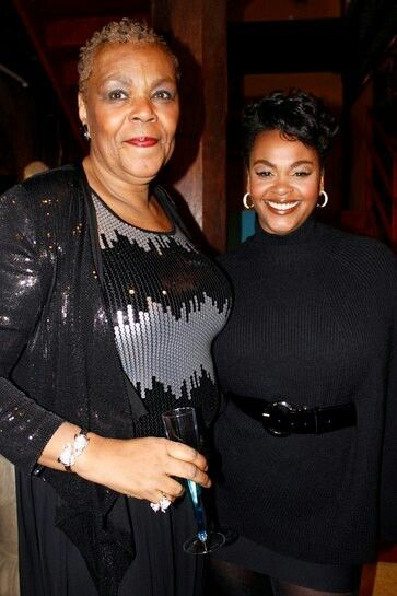 Photo of Jill Scott & her Mother Joyce Scott